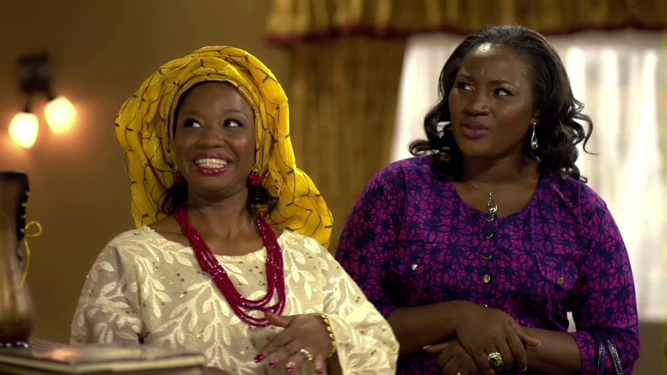 Najite Dede (Elizabeth Ojo); Funmi Eko (Mrs. Williams) on set.