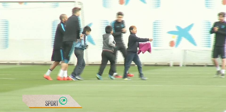 Kids dreams come true at Barcelona training session