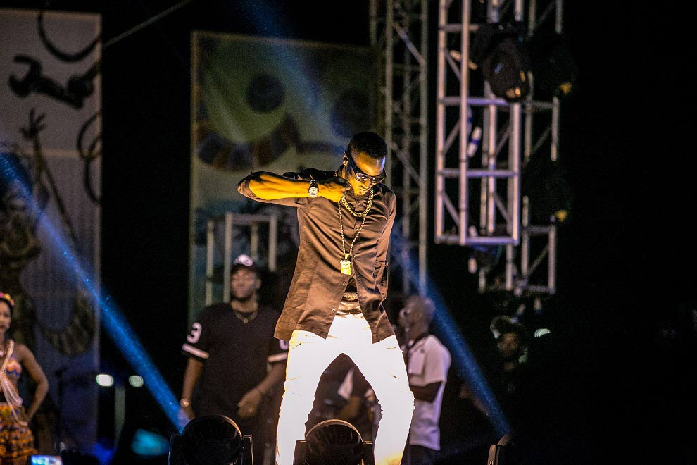 D'banj-'Kokomaster'-on-the-#HeiinekenGidiFest-stage-