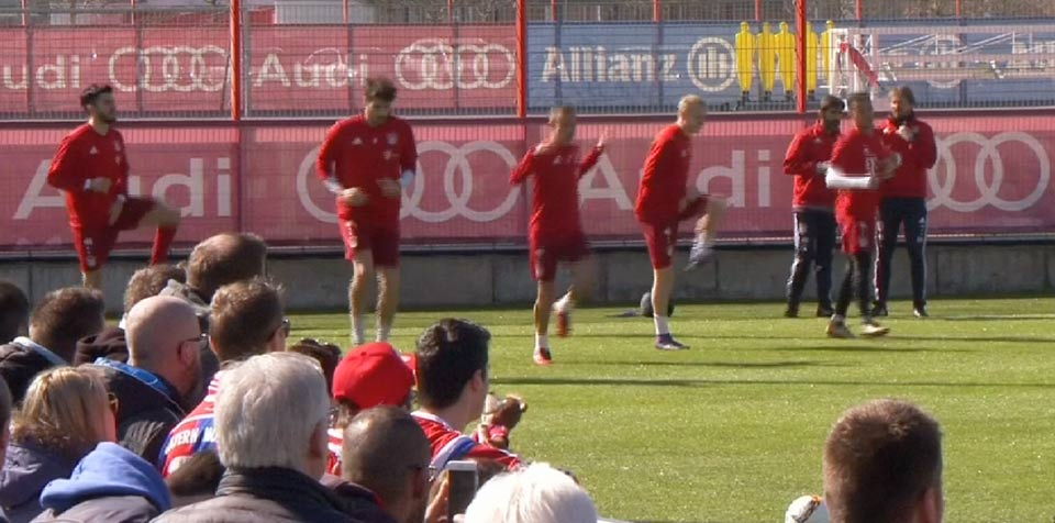 Bayern Munich return to training pitch after stunning comeback against Juventus